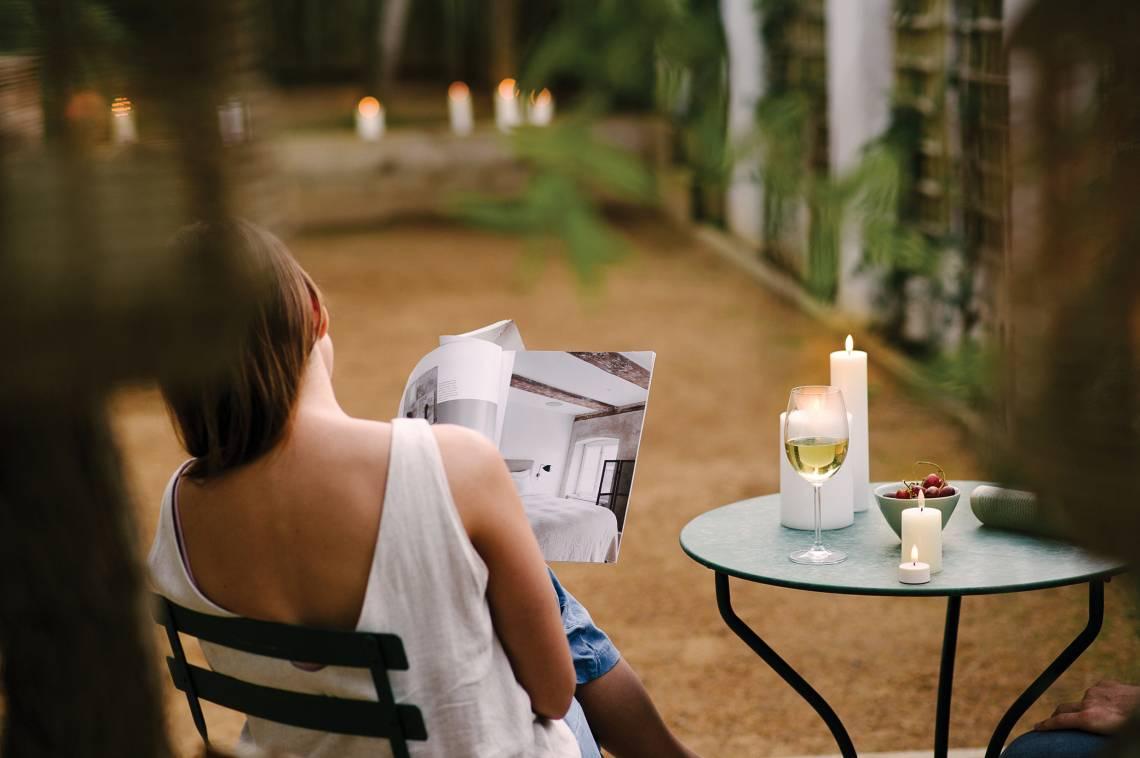 PIFFANY LED-Kerzen auf der Terrasse