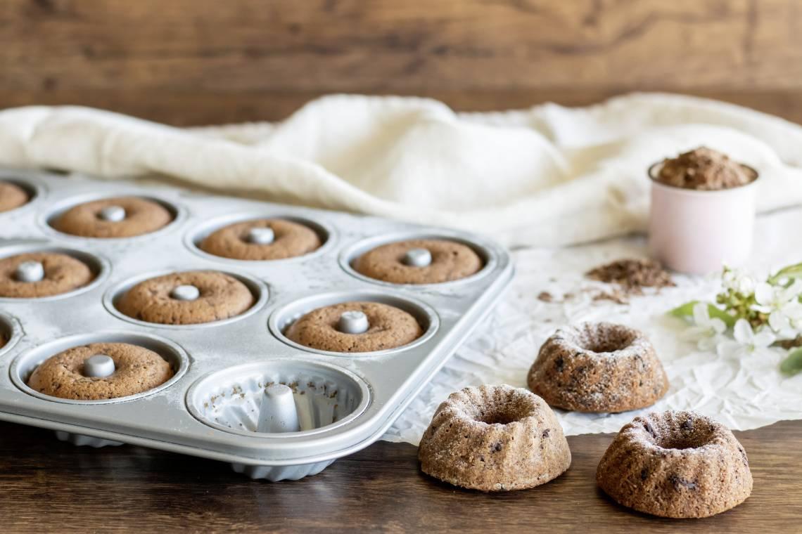 Staedter Backform Mini-Gugelhupf mit Kuchen