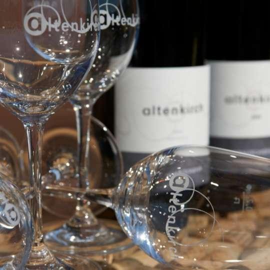 Flaschen von Weingut Altenkirch