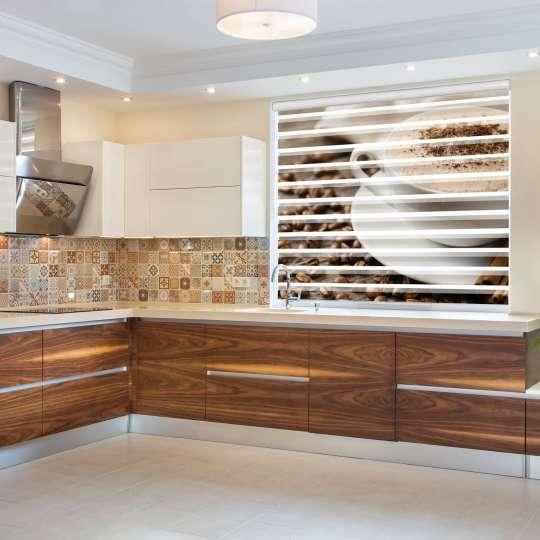 @La-Melle - Küche mit Doppelrollo