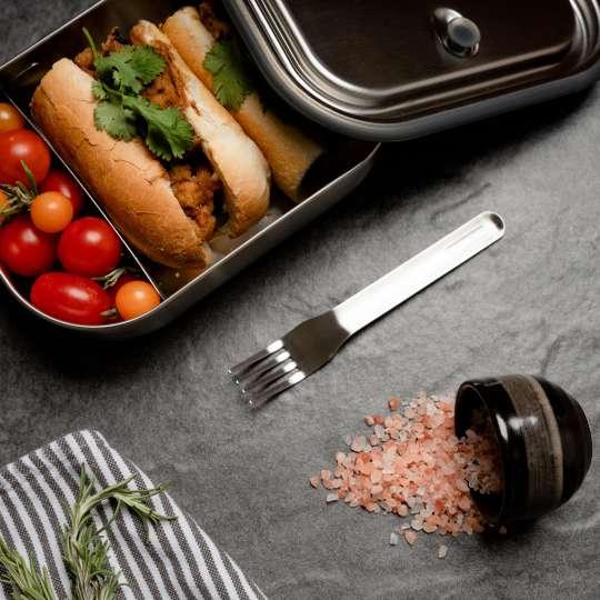 Edelstahl-Lunchbox mit Vakuumventil von Black + Blum