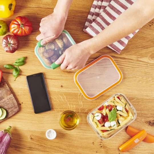 Mastrad Aufbewahrungsform - Office Lunch wird vorbereitet gruen & orange –F 93xxx.jpg