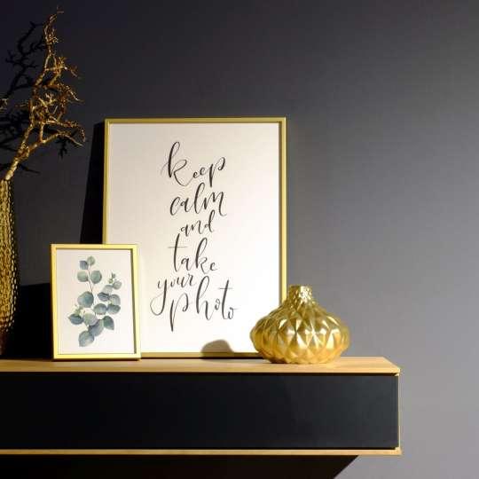 Halbe-Rahmen - Goldene Bilderrahmen verbreiten einen Hauch von Luxus