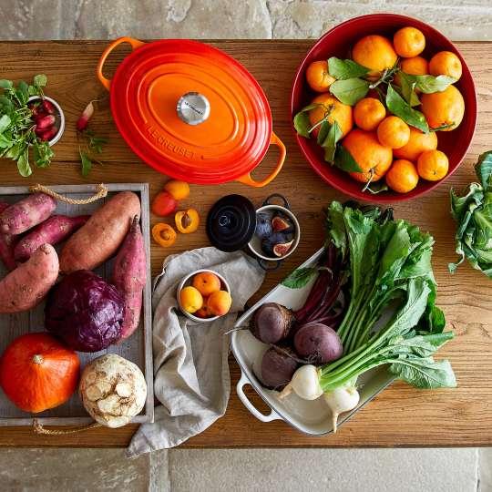 Le Creuset - Farm Fresh - Bräter oval - Zutaten vom Bauernhof
