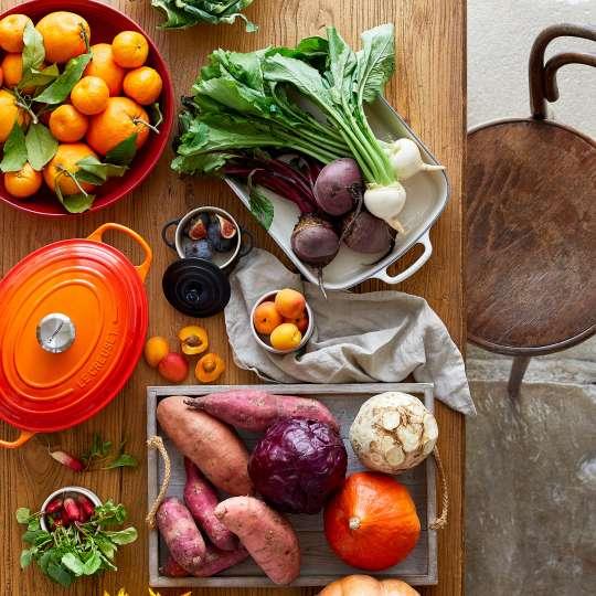 Le Creuset - Farm Fresh - Bräter oval - frische Zutaten