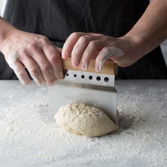 2008.196 Mason Cash Innovative Kitchen Teigschneider