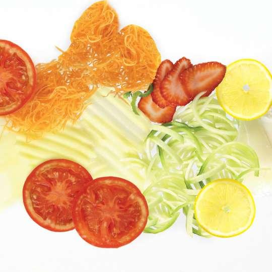 Gemüse mit der Reibe V-Form Mandoline geschnitten - F20900