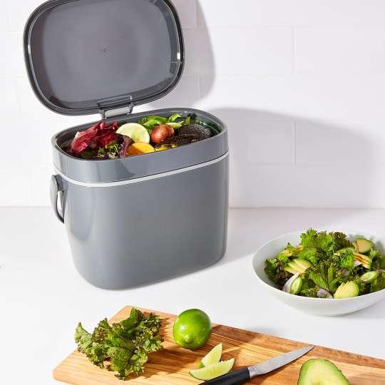 OXO - Komposteimer, 6,62 l - grau - gefüllt