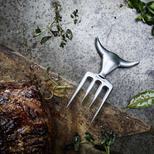 SteakChampFleischgabel Bull Fork beim Grillen