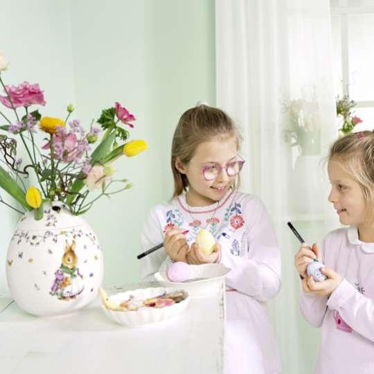 Spring Fantasy Blumenvase mit Mädchen