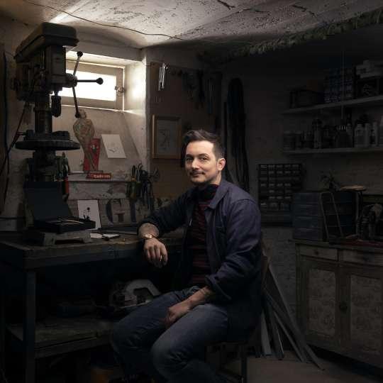 DEEJO DUO Petites Luxures – der Künstler selbst