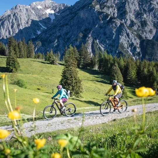 TIROLER BERGSOMMER - zum Wandern und Mountainbiken