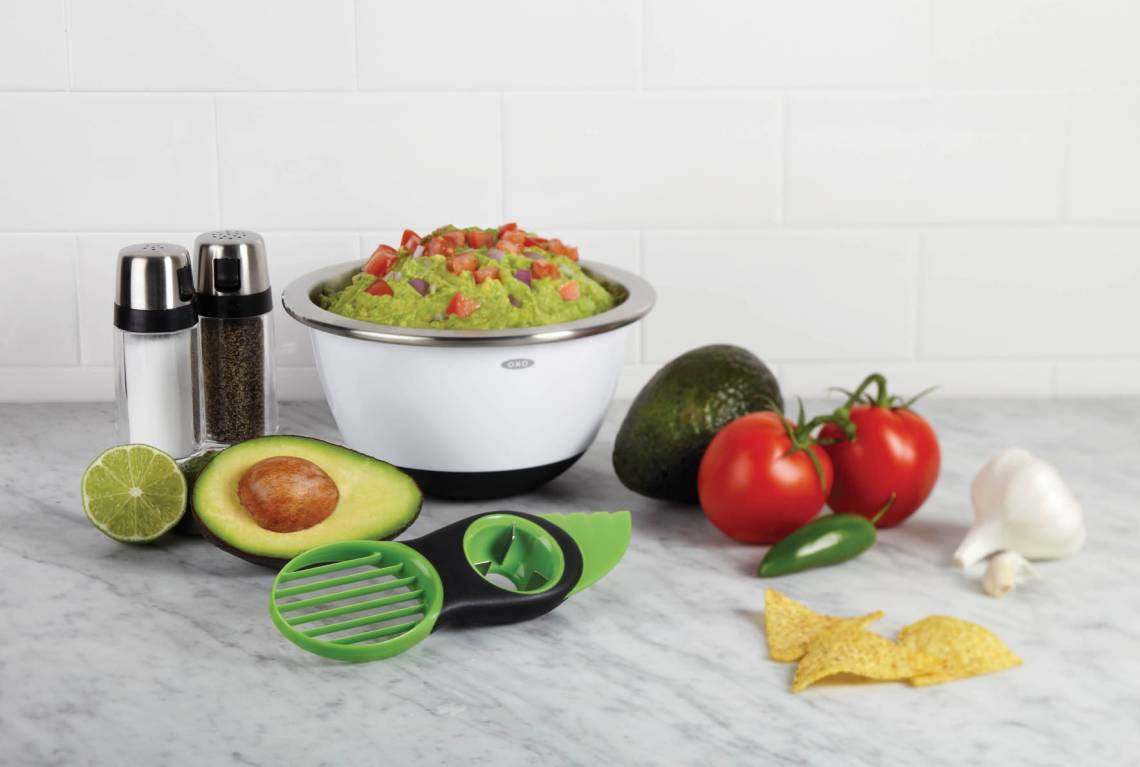 OXO 3-in1-Avocadoschneider grün Milieu 2