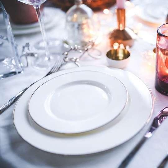 Österreich_festlicher Tisch (c) pixabay