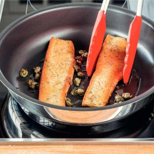 Gebratener Spargelsalat mit Orangen-Estragon-Vinaigrette und Knoblauchbaguette 3