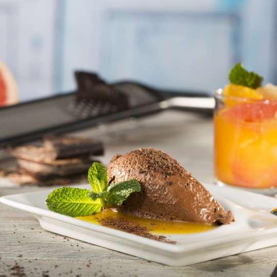GEFU Ingwer-Schokoladenmousse mit Zitrusfruchtkompott querformat