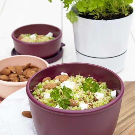 Grüner Couscous mit Mandeln und Feta
