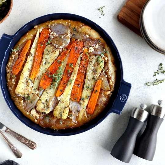 Gemüse-Tarte mit Pastinaken, Schalotten und Feta-Käse