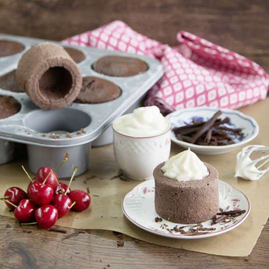 Städter Chocolate-Cherry-Cups in Backform Cake Cups