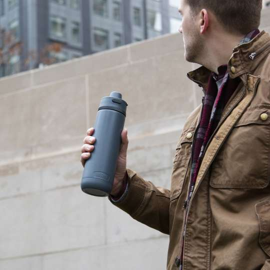 Thermos-Guardian-Isolier-Trinkflasche-lake-blue-Mood2