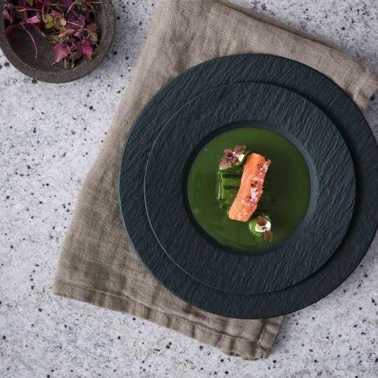 Villeroy & Boch - schwarz - Rezept Vorspeise - Hot-Smoke BBQ-Lachs und Gurkenröllchen mit Limonencreme