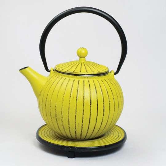 JA-UNENDLICH: Teekanne aus Gusseisen, Serie Blumen, Modell Chokoreto, 0,8 l, Artikel.-Nr. 7403