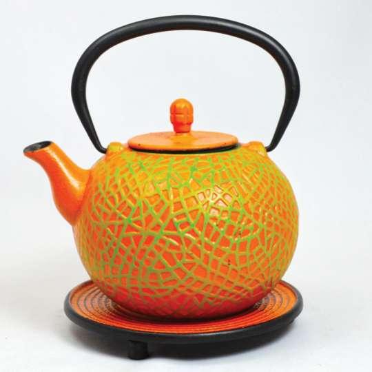 JA-UNENDLICH: Teekanne aus Gusseisen, Country, Modell Messhu, 0,8 l, mit Untersetzer