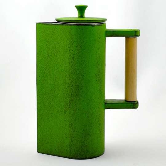 JA-UNENDLICH: Teekannen aus Gusseisen, Bauhaus, Modell Jokki, 0,65 l, 9932