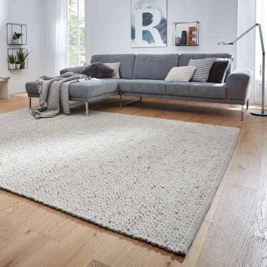 Interliving - Teppiche und Sofas