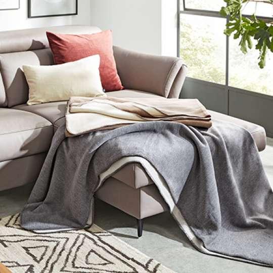 Wohndecke auf Sofa