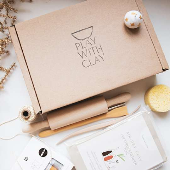 Weihnachtsbaumschmuck selbst herstellen mit den Ton-Kits von Mesh & Cloth