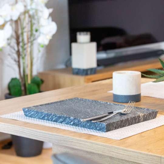 Rokstyle Living: Tischkultur aus Naturstein – Nachhaltig und edel im Design