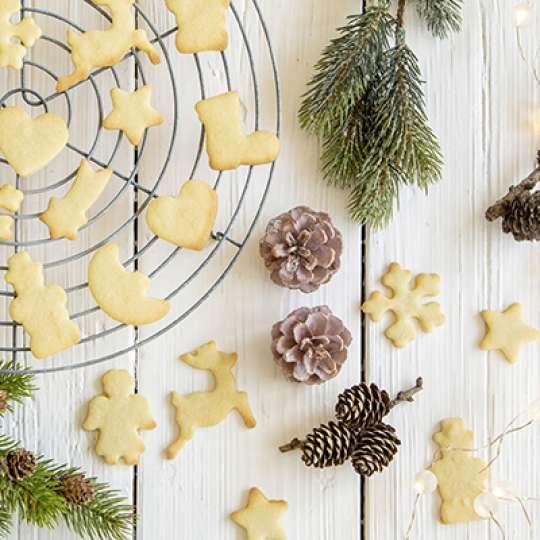 STÄDTER: Kekse backen schnell gemacht mit dem Ausstecherbrett
