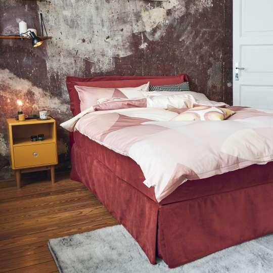 Loft in einer ehemaligen Gaststätte – CARMINE & MUSTARD BEDROOM