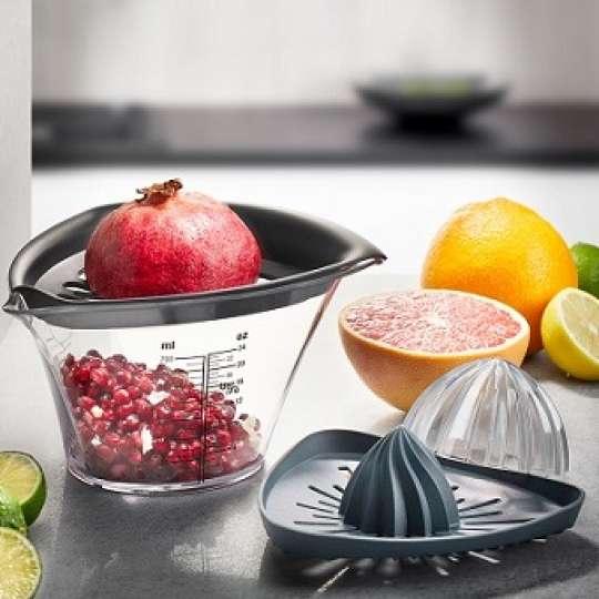 Neuer Granatapfelentkerner und Entsafter FRUTI:  Saubere Sache