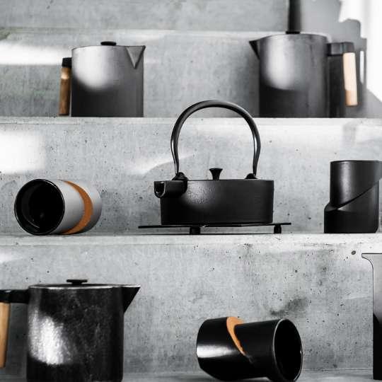 JA-UNENDLICH: Teekannen aus Gusseisen, Bauhaus