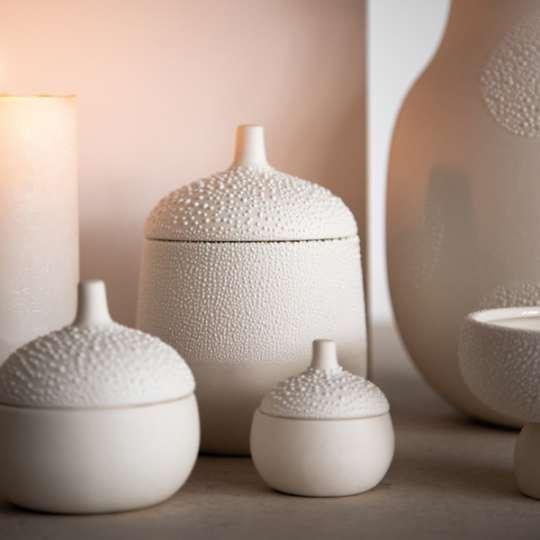 Räder / Raffinierte Herstellung: Vasen, Schalen und Dosen in Perlenoptik