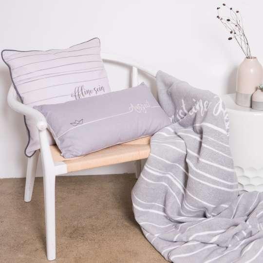 räder Kissen und Decke Milieu