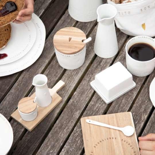 'Guten Appetit'-Serie mit organisch geformtem Porzellan