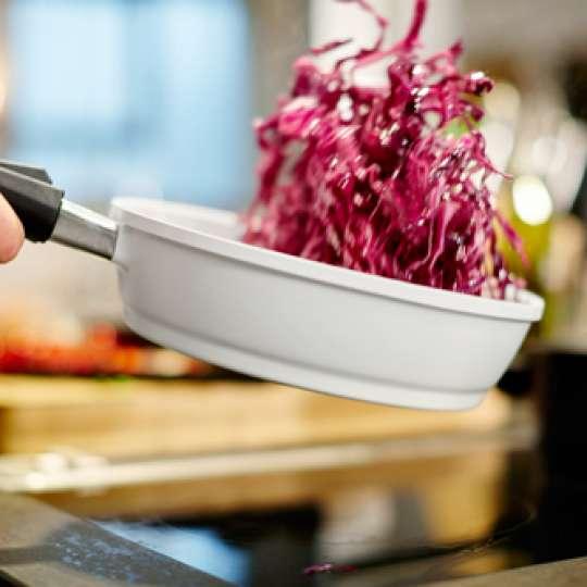 Herbstküche: Langlebiges Kochgeschirr für mehr Nachhaltigkeit beim Kochen